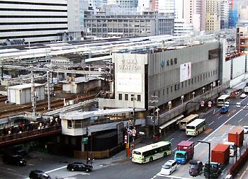 Osaka_sta